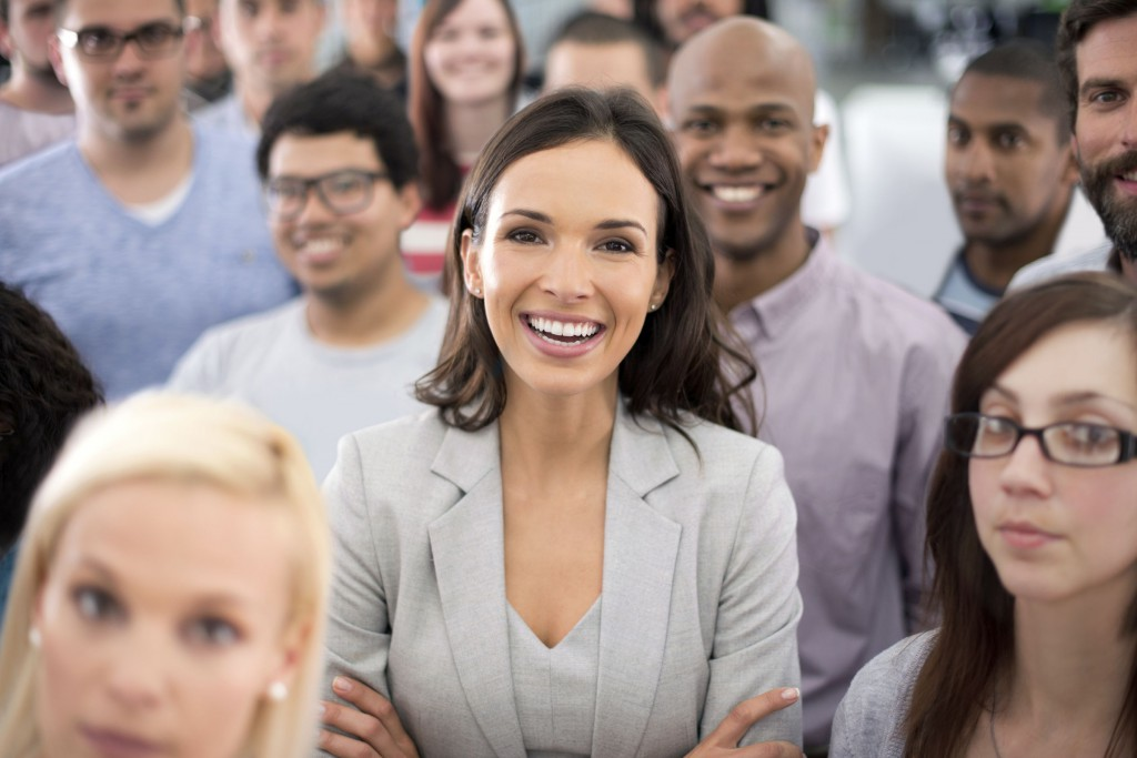 """Ihre Mitarbeiter nehmen eine wichtige Rolle ein: Sie transportieren Ihr Leitbild und Ihre Vision nach außen. Effektives Skillmanagement verstärkt den Selbstmarketingeffekt und hilft dabei, Ihre Mitarbeiter gezielt als """"Unternehmensbotschafter"""" einzusetzen."""